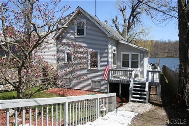 239 lake shore drive mahopac ny