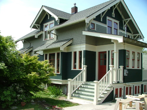 traditional_exterior3 - Exterior House Colors