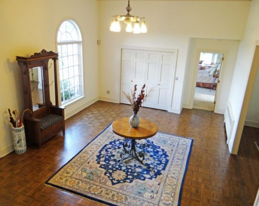 14-ENTRY-FOYER-BEST-605x480