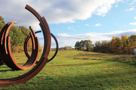 Omi-Arcs-In-Disorder-by-Bernar-Venet-1000x665