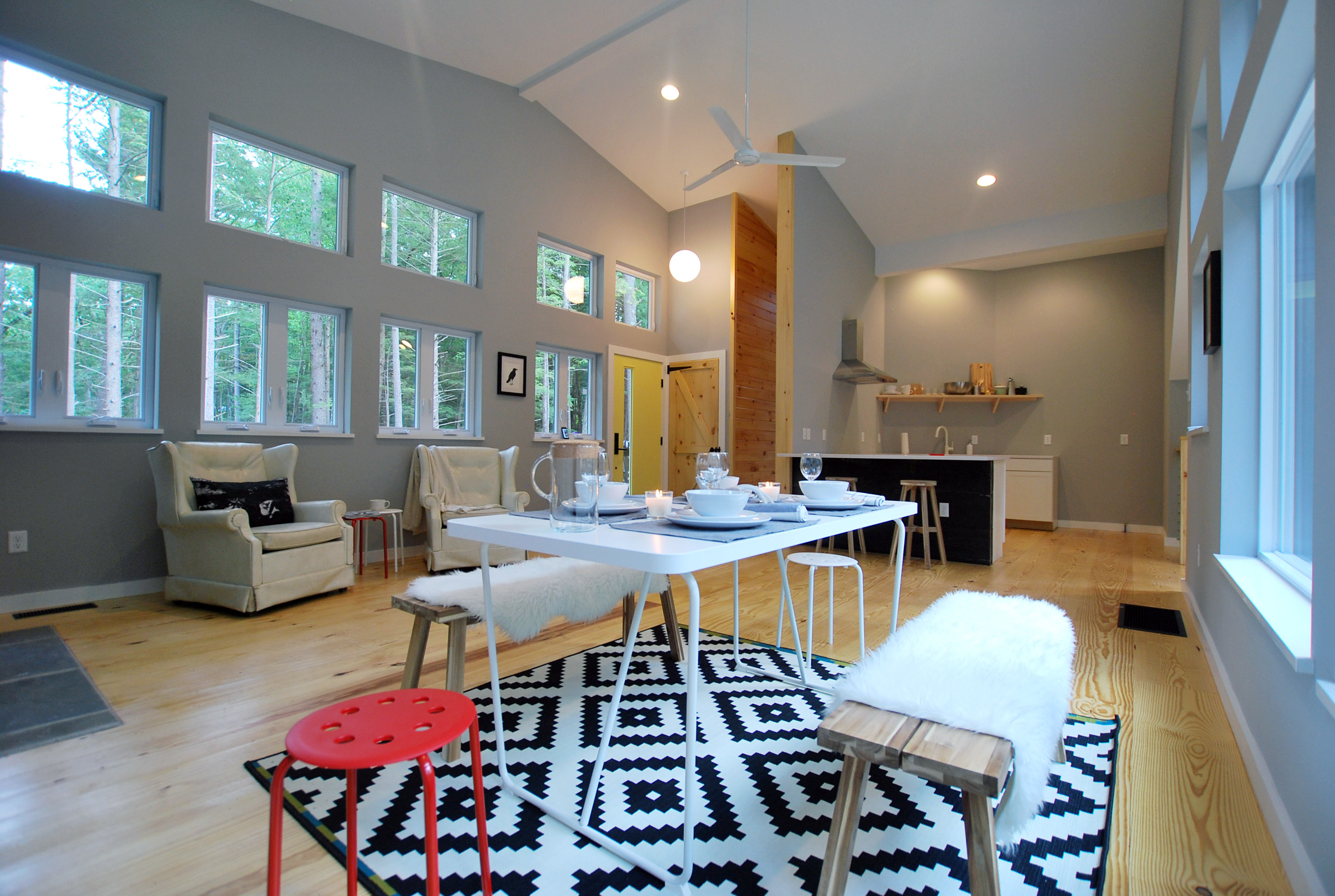 Open Floor Plans, Large Windows, Living Room Fire Place, Soaring Ceilings,  And Clean Lines Are All Mid Mod Aspects ...