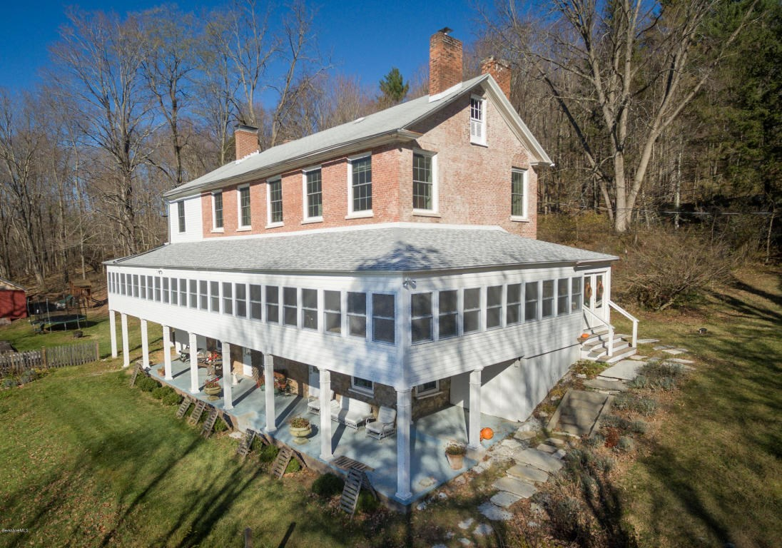 Historic Innkeeper S Federal Style Home In Rural New