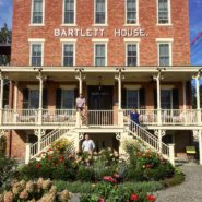 Bartlett House founders