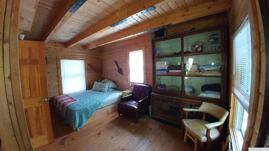 windham mountain log cabin retreat