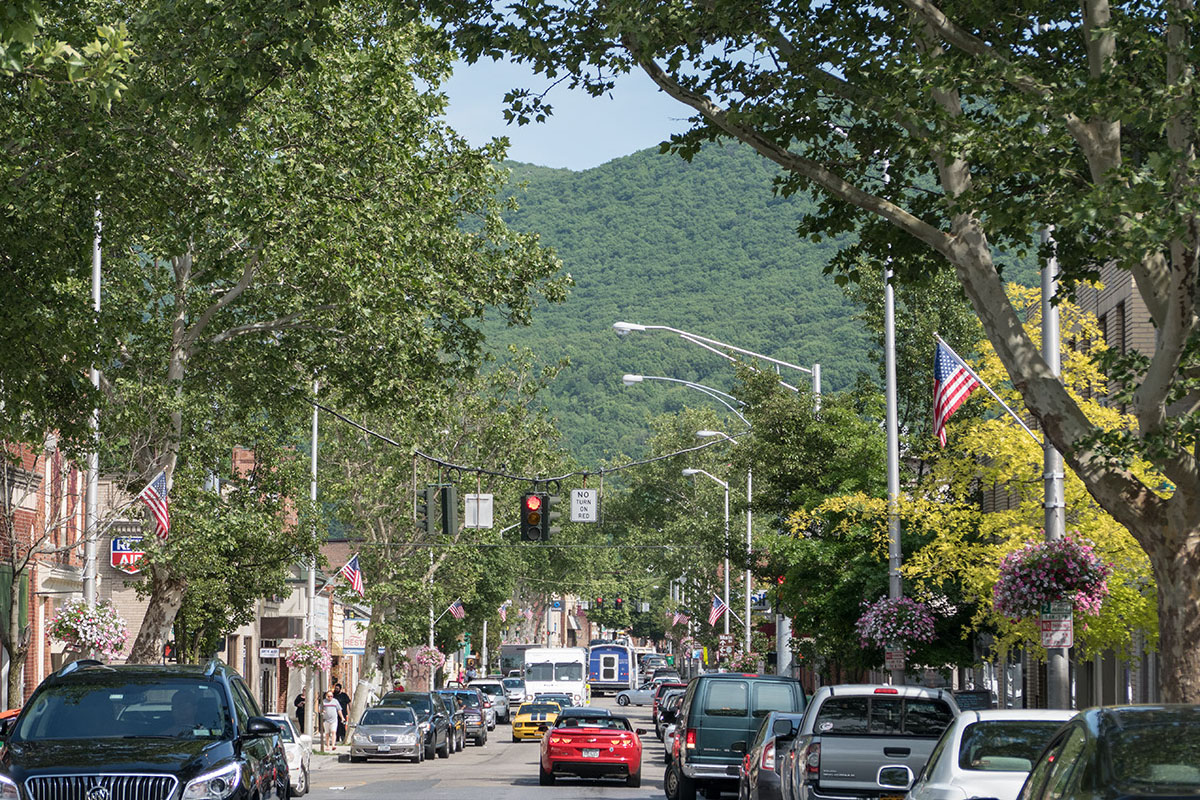 hudson valley walkable towns