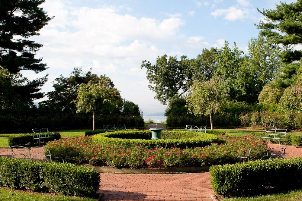boscobel rose garden