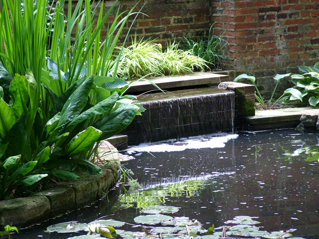 water feature 4