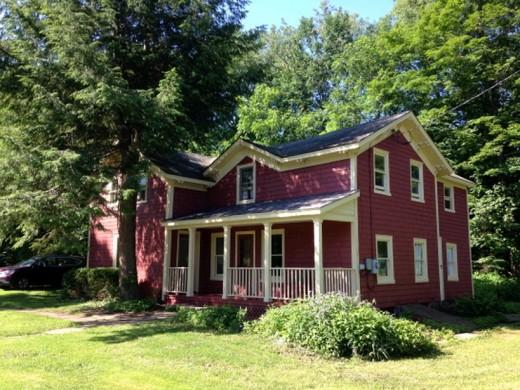 Pristine Red Farmhouse In Delancey 99 500