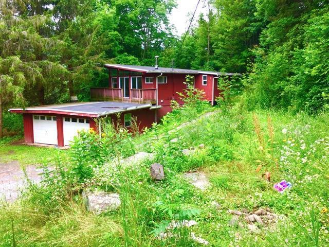 Mid Century Modern Wedge House In Margaretville 89 000