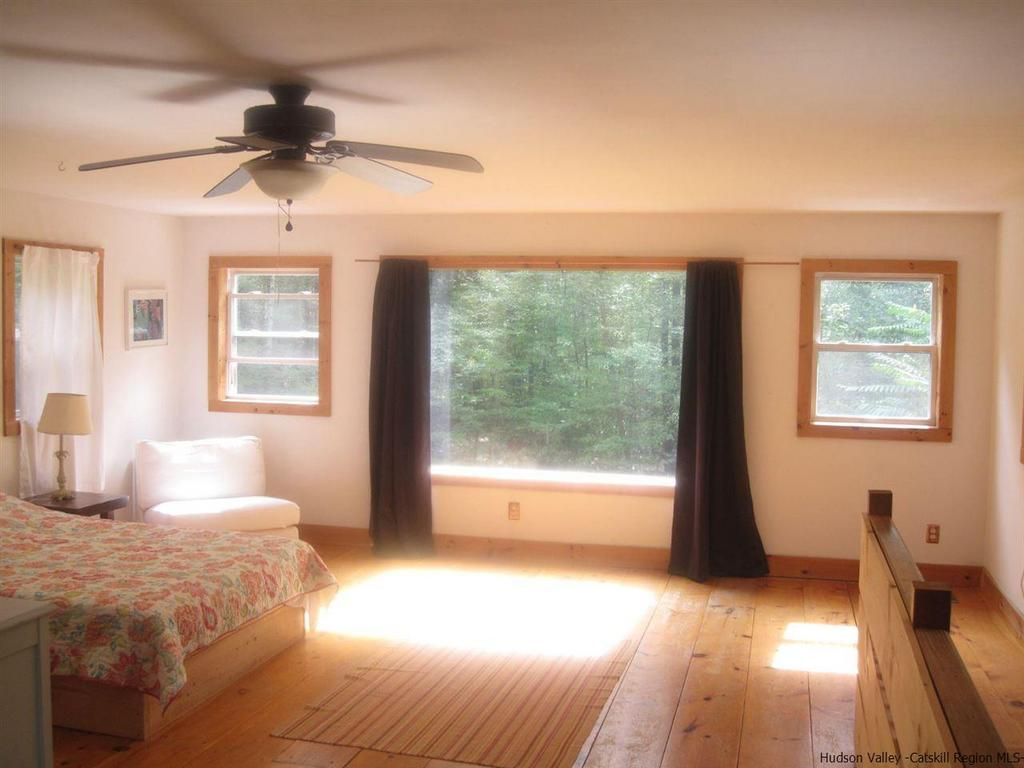 Saugerties NY Modern Barn For Sale