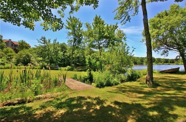 Dutchess County NY Lakefront House For Sale hudson valley ...