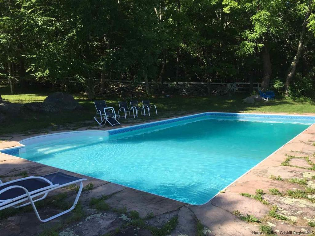 Kerhonkson NY Updated Farmhouse For Sale