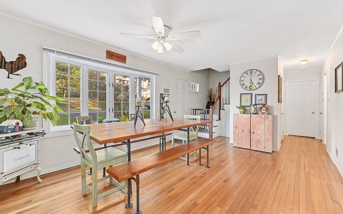 Putnam County NY Lake Community Cottage For Sale