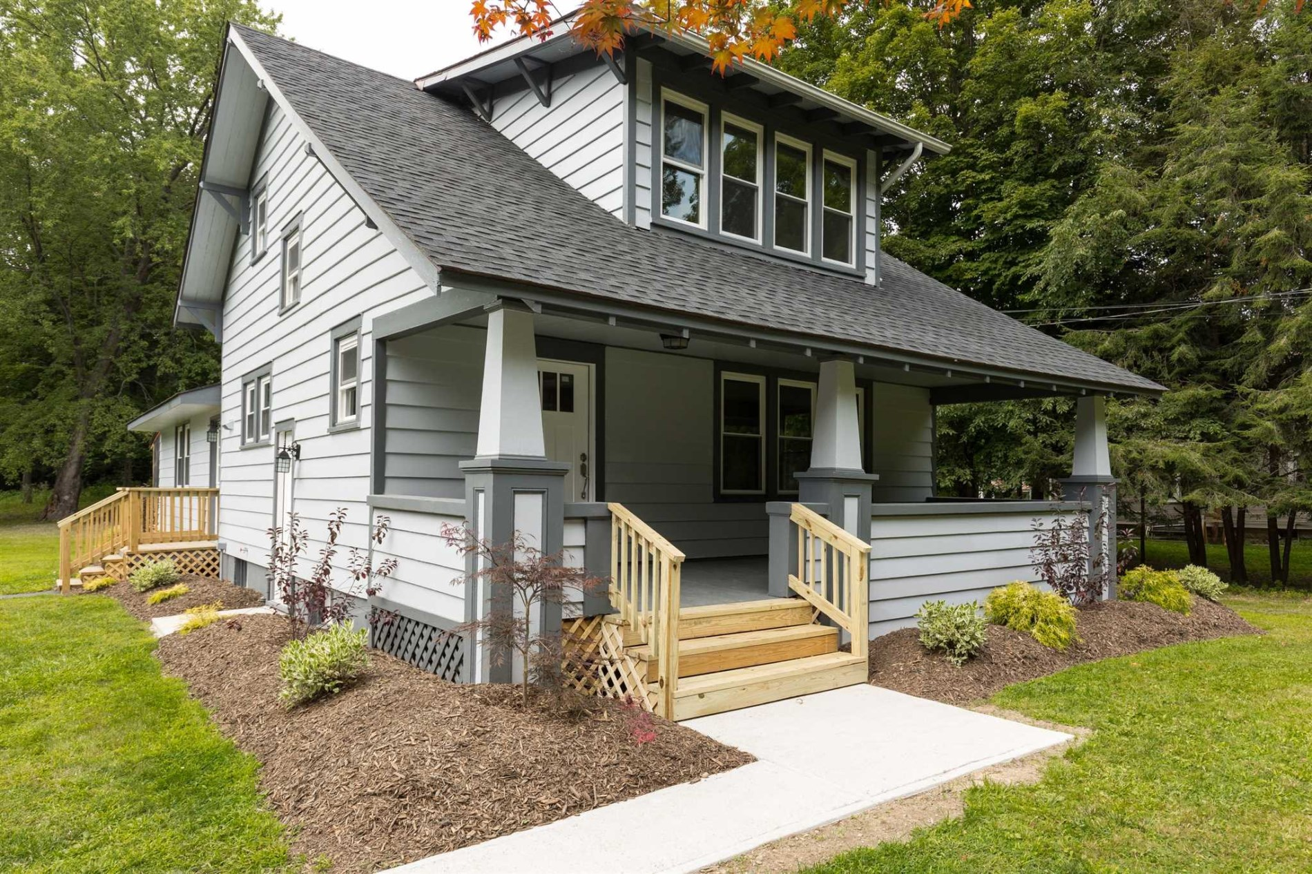 Astonishing Dutchess County Ny Craftsman For Sale Pleasant Valley Hudson Home Remodeling Inspirations Genioncuboardxyz