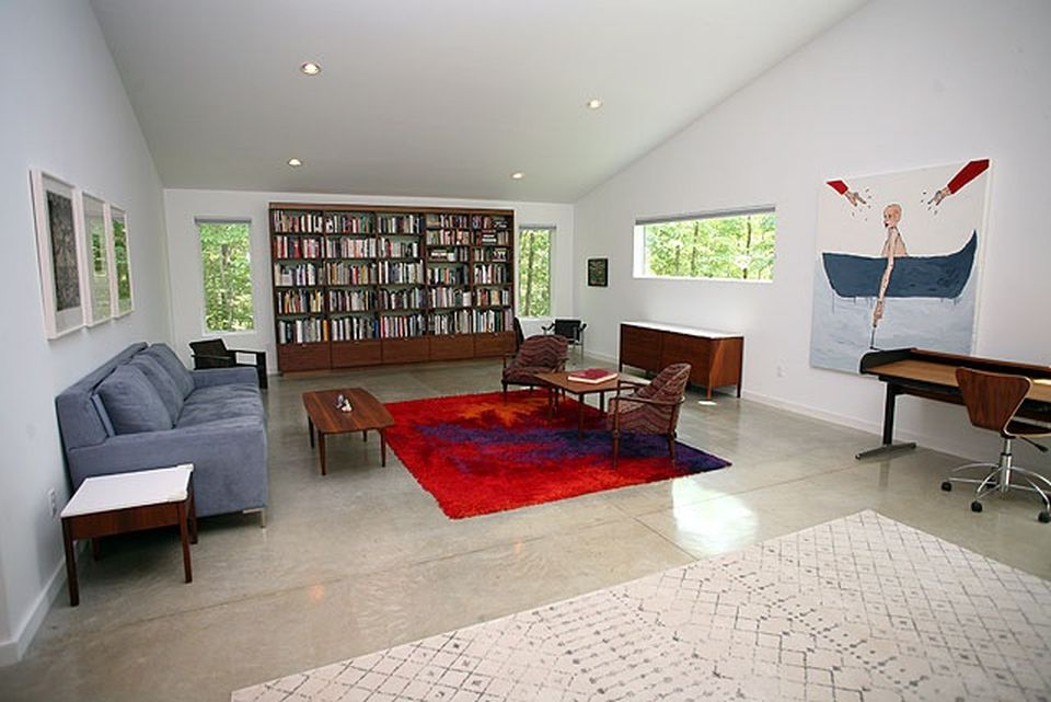 Catskills Contemporary Minimalist Guest House On Five Acres Of Land