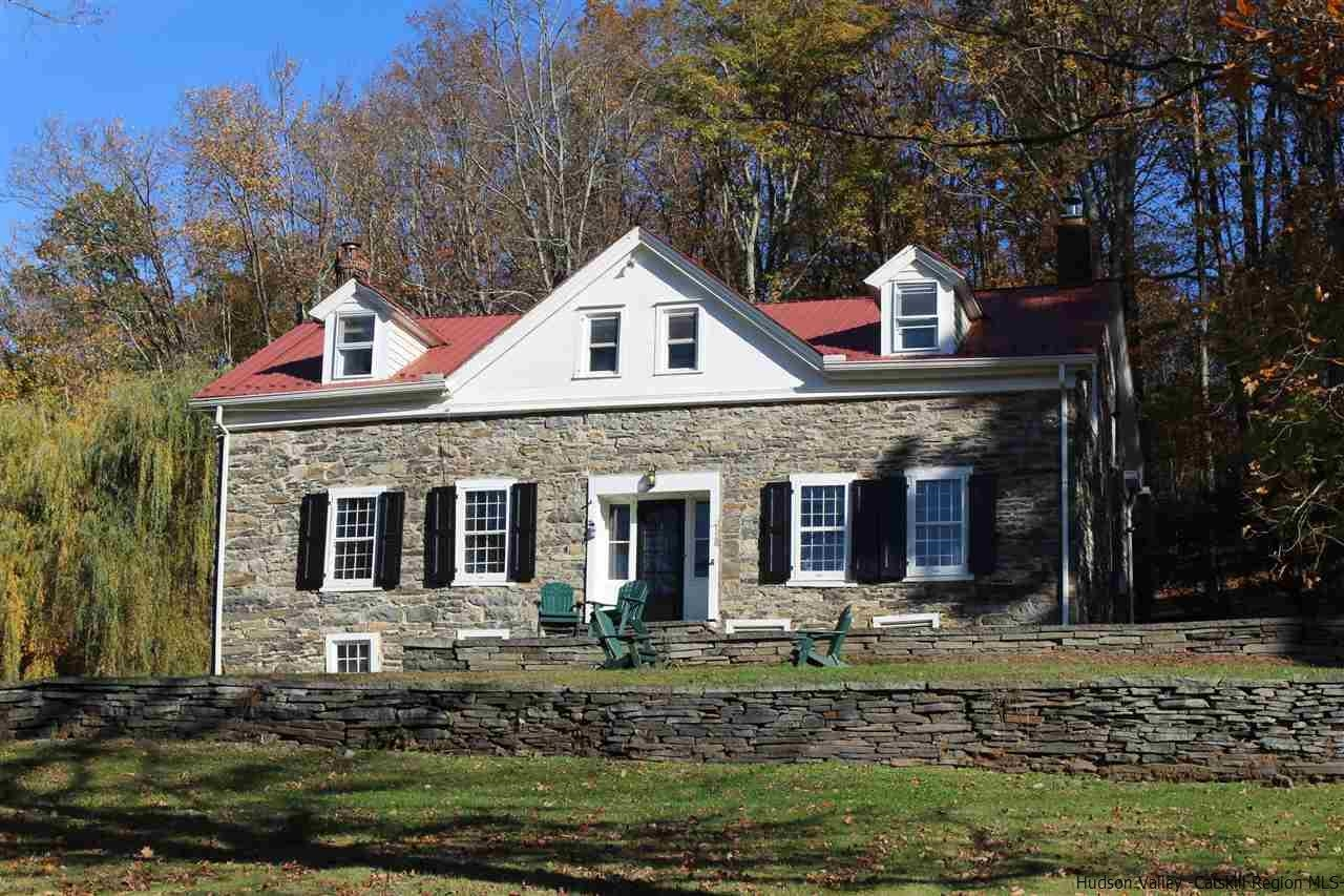 Enjoyable Krom Stone House For Sale On 16 Acres In Accord Ulster County Home Remodeling Inspirations Genioncuboardxyz