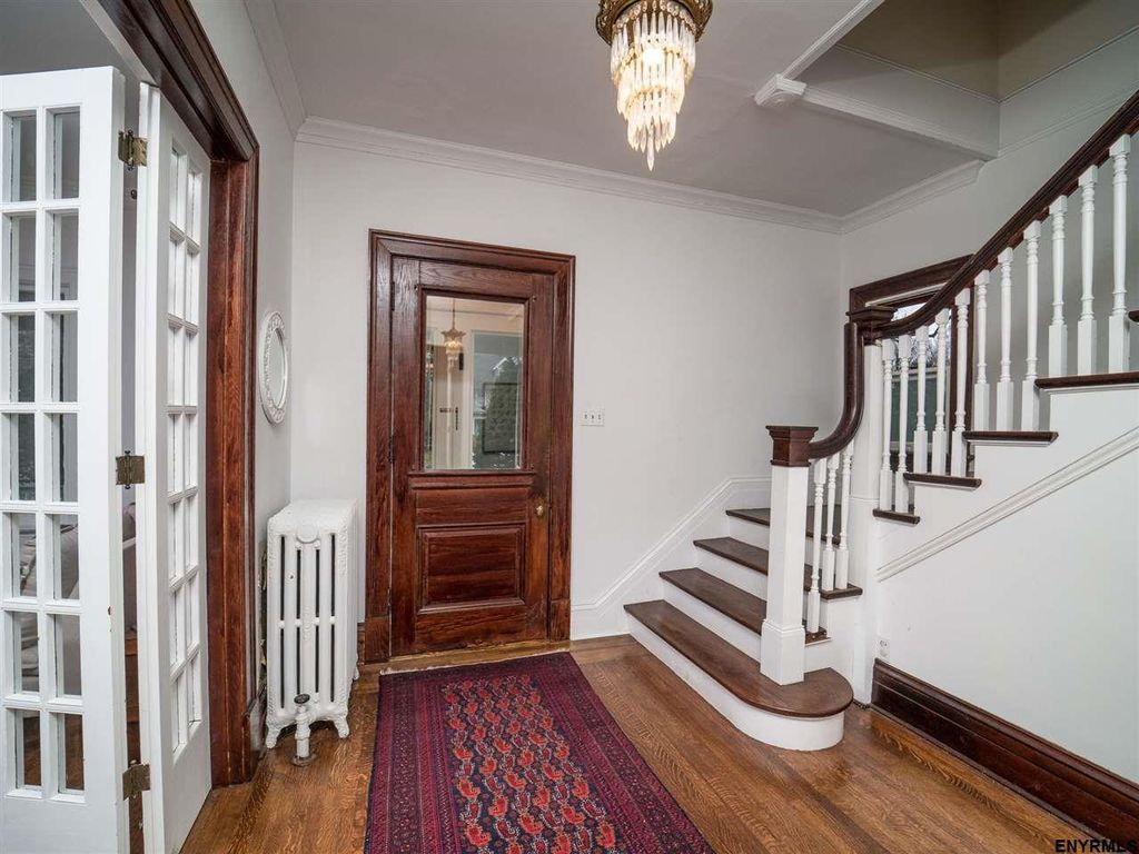 Troy four bedroom victorian with three fireplaces huge living room modern kitchen for Spring garden troy ny