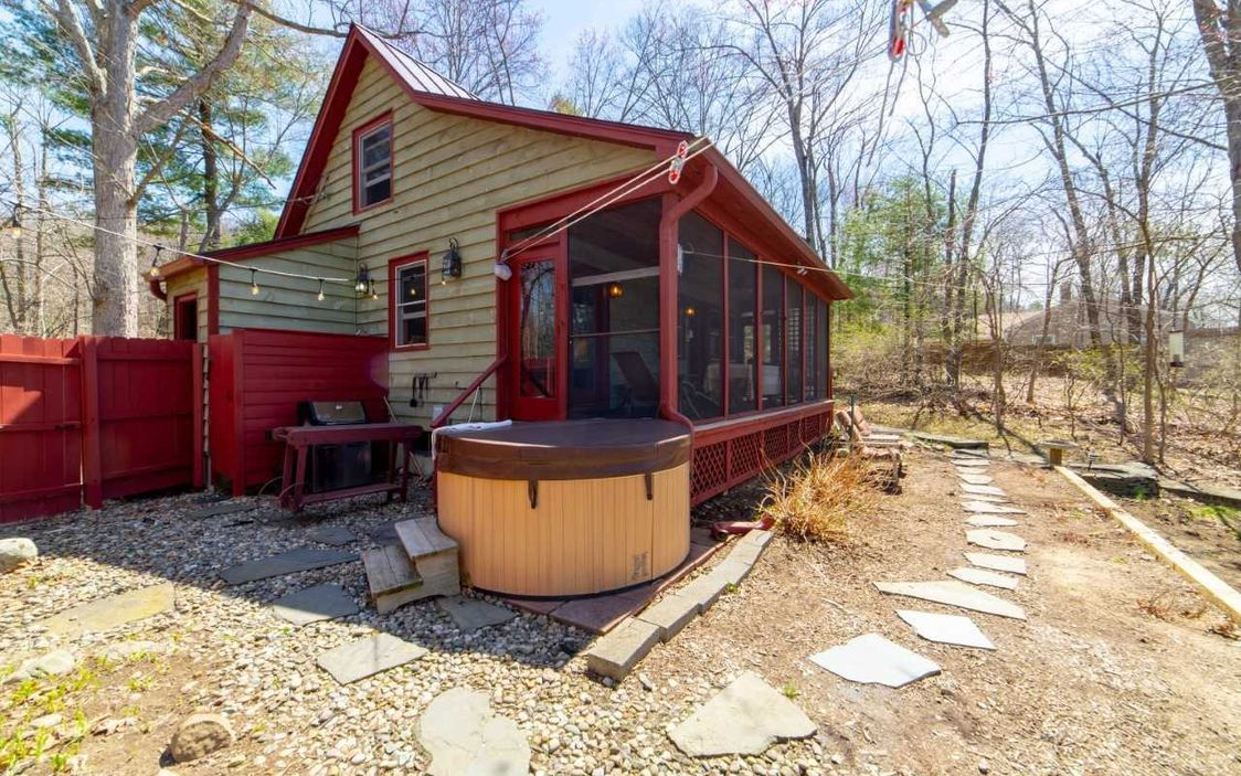 Dutchess County Lakeside Compound with Two Guest Cottages