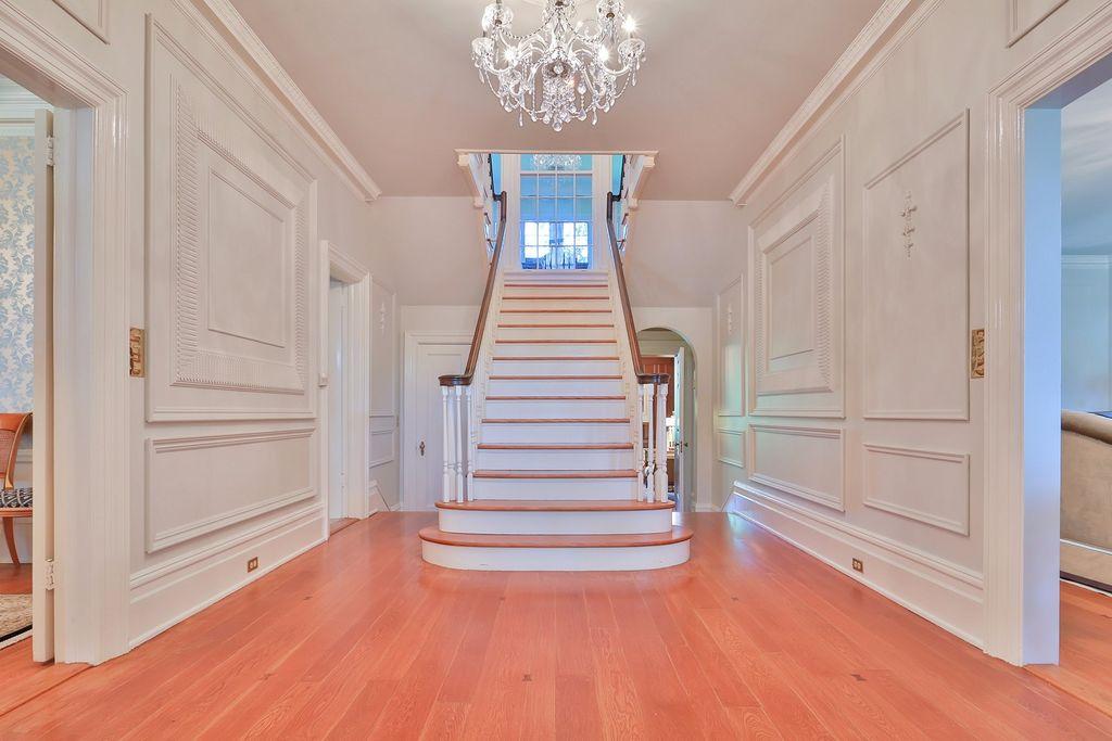 new rochelle historic estate
