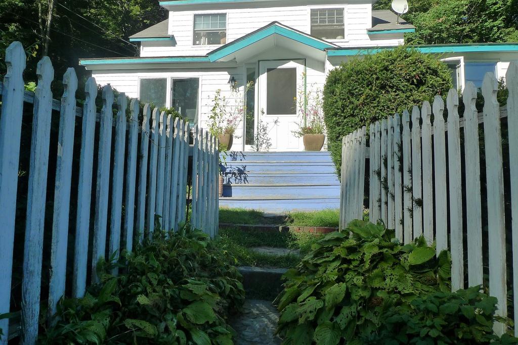 amenia cottage