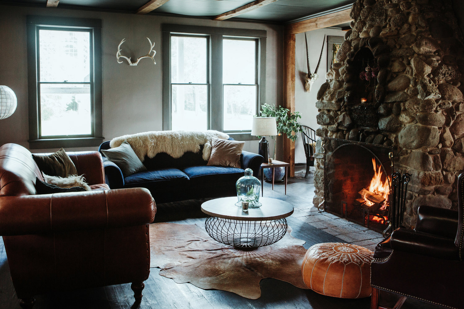 The living room at Foxfire Mountain House.