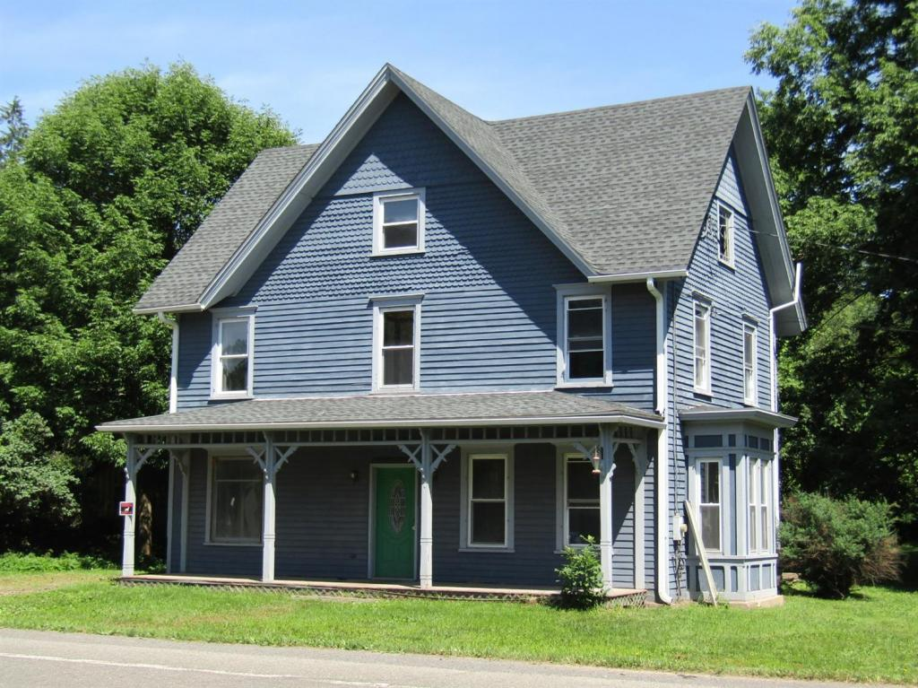 victorian farmhouse