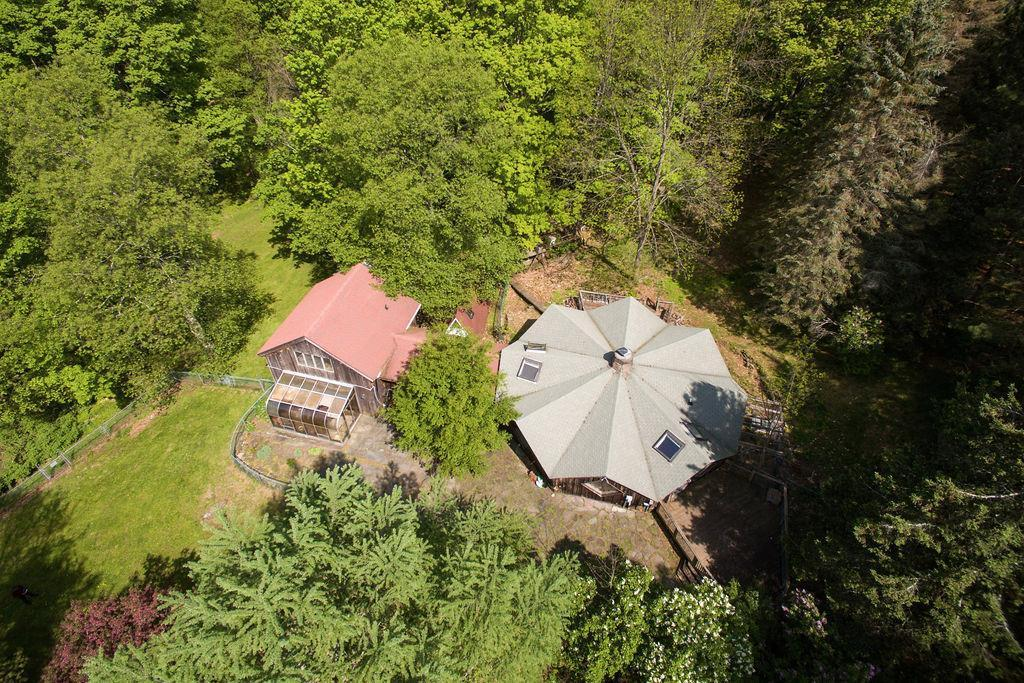Catskills compound