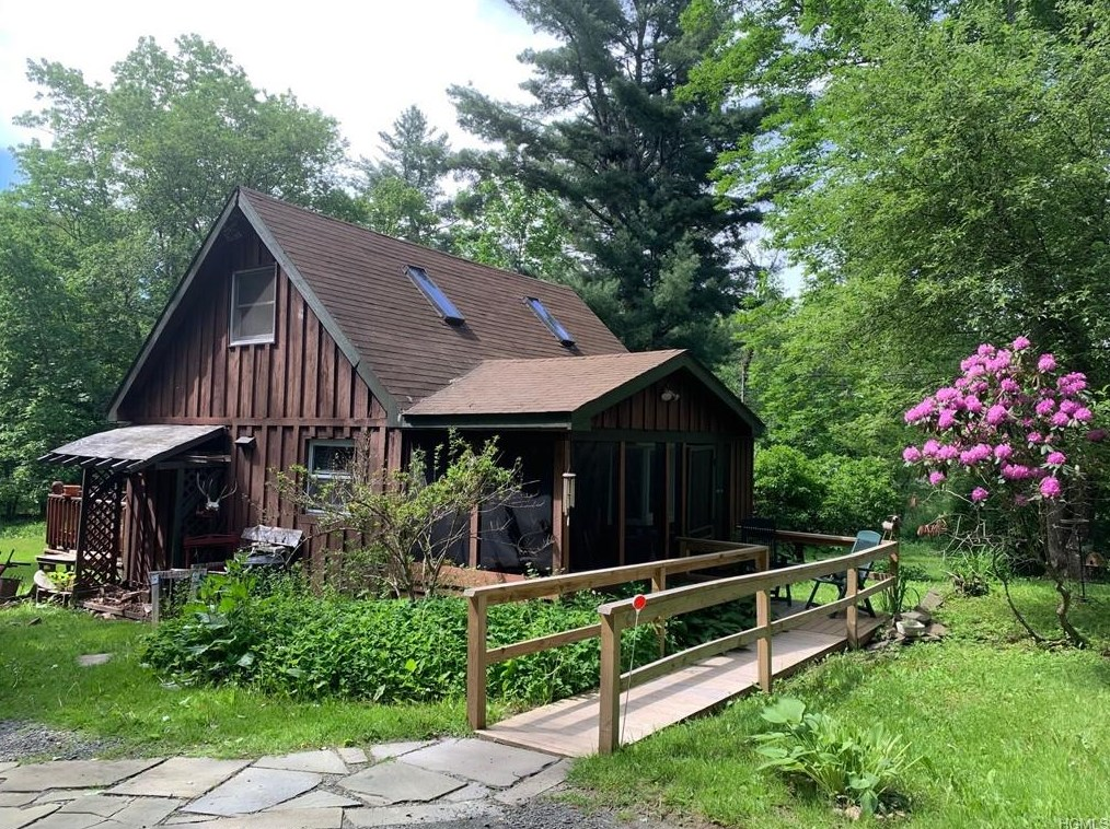 livingston manor cabin
