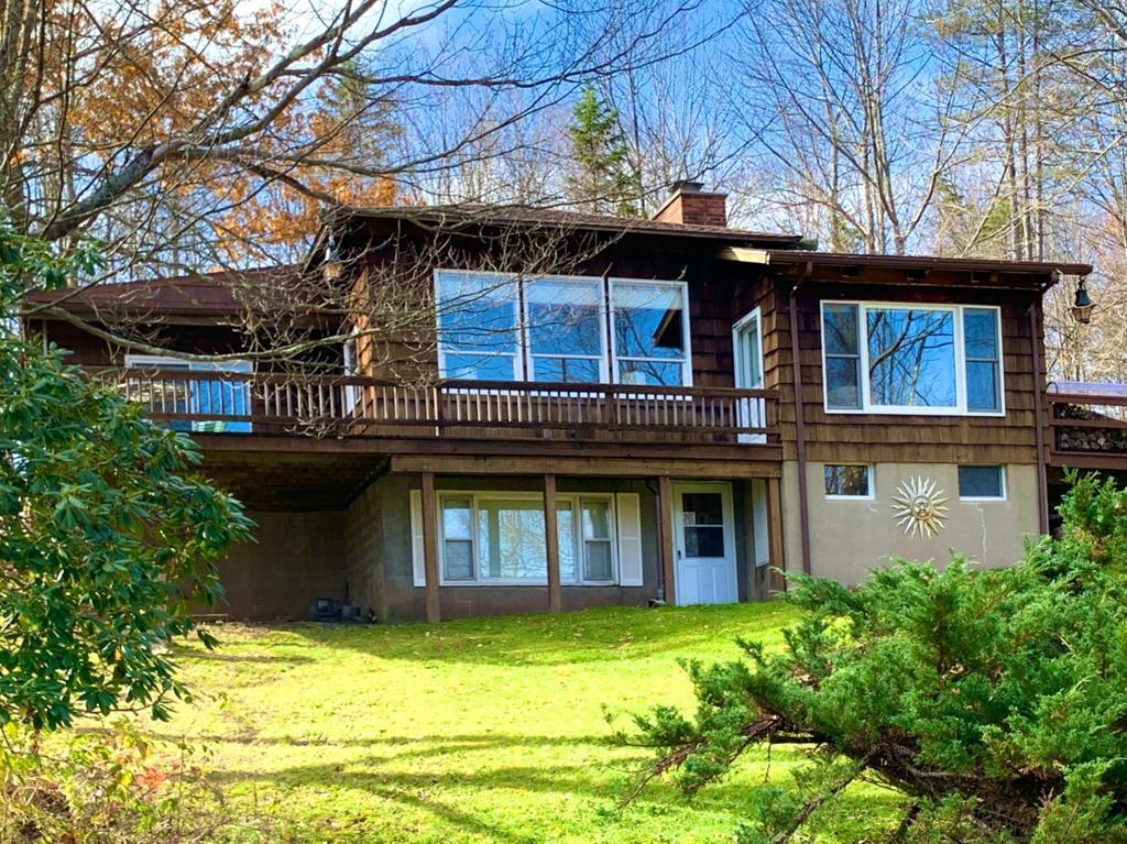 midcentury bungalow