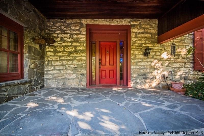 1800s stone house