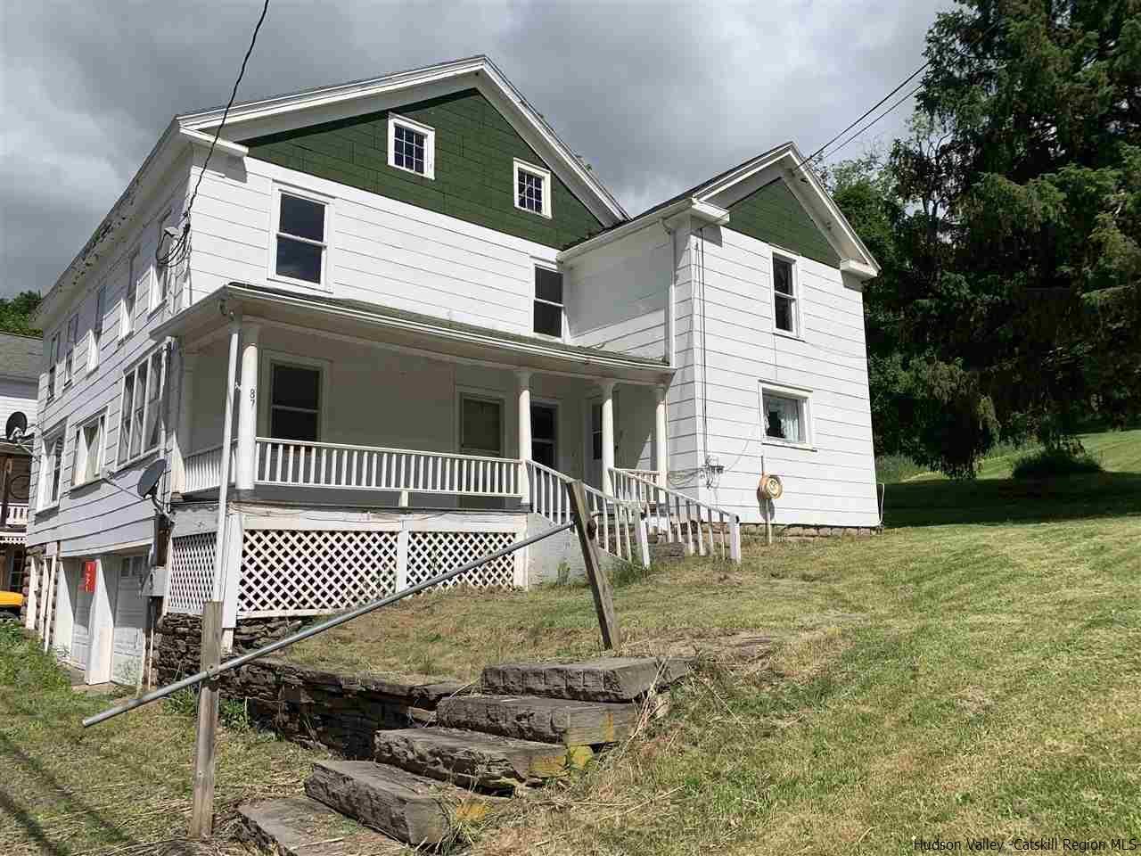 multifamily farmhouse