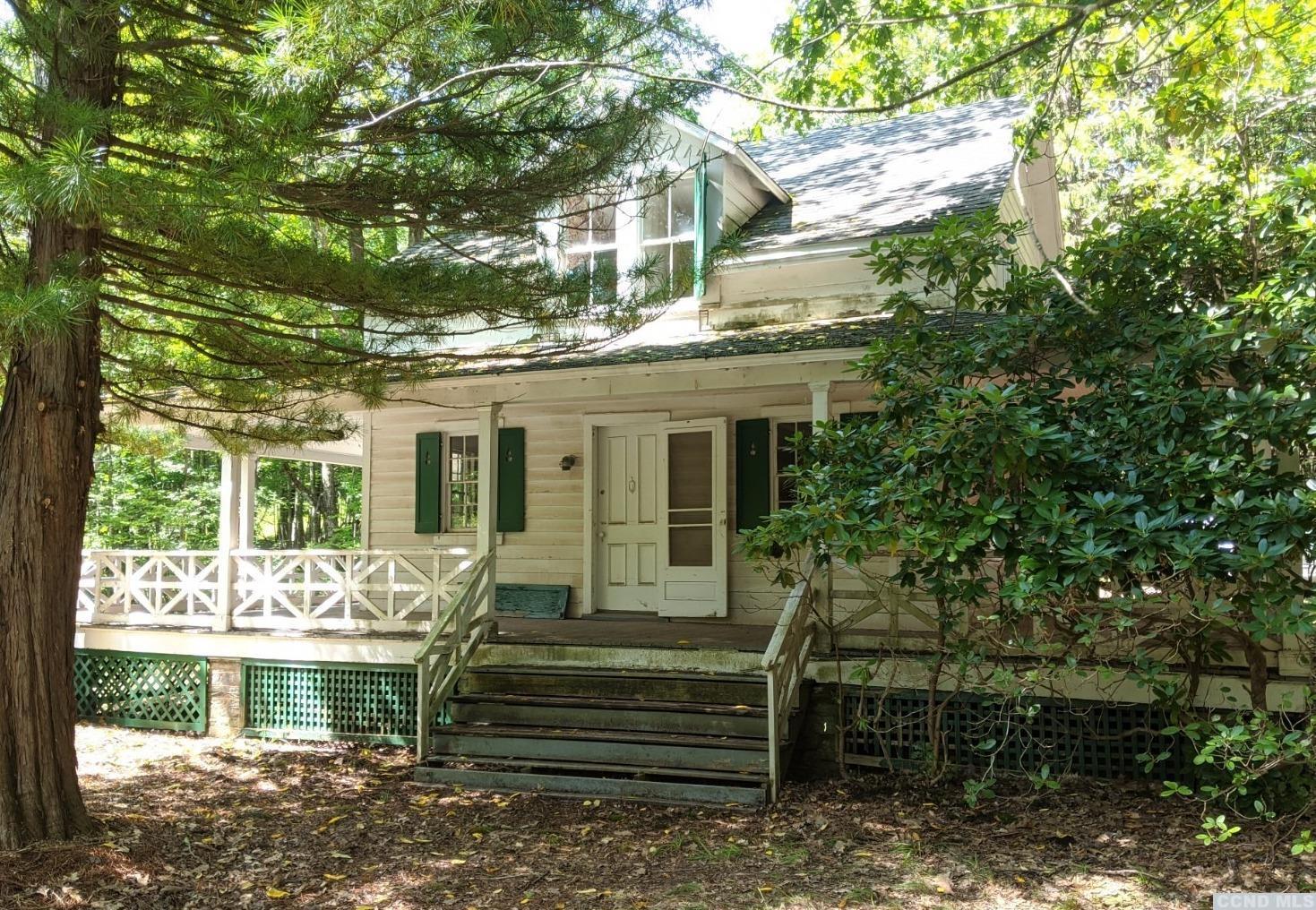 pine hill farmhouse