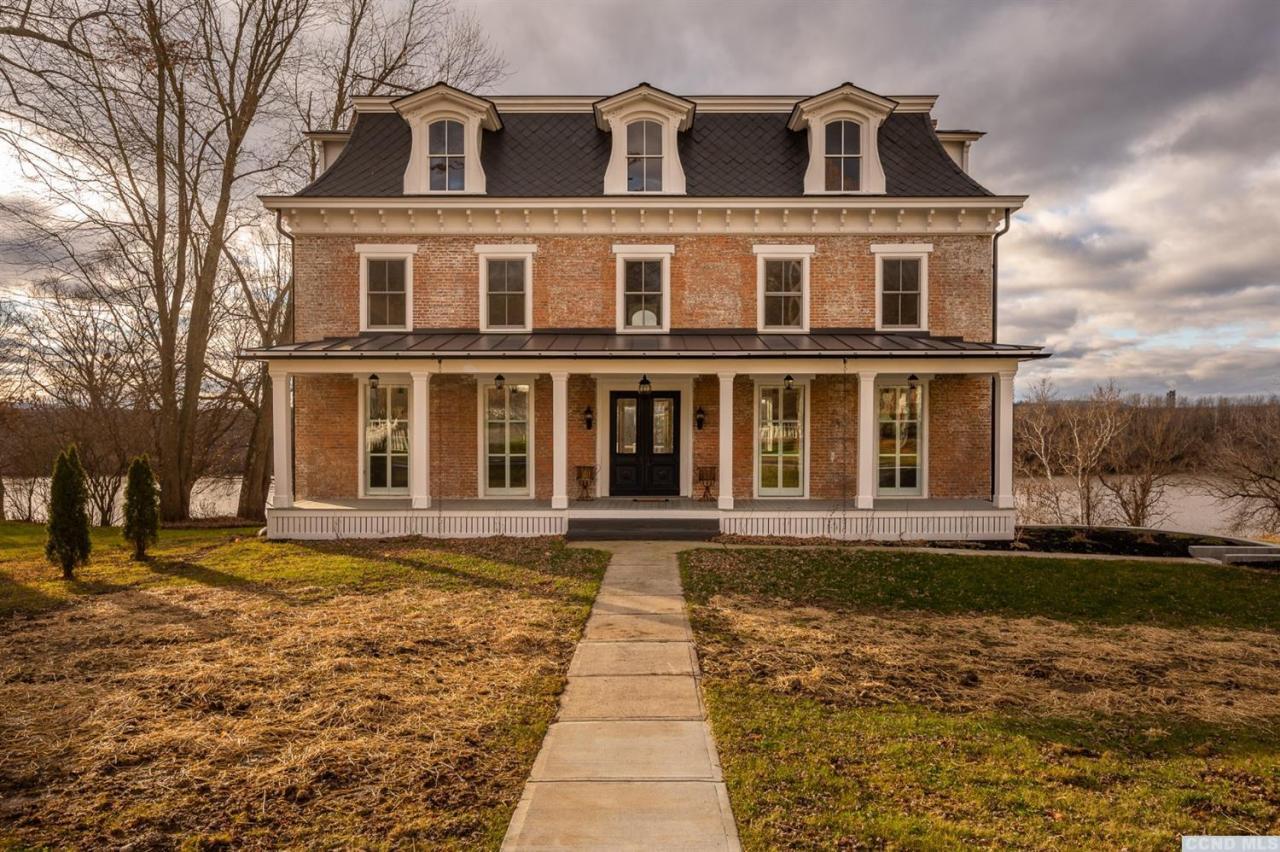 schodack brick mansion