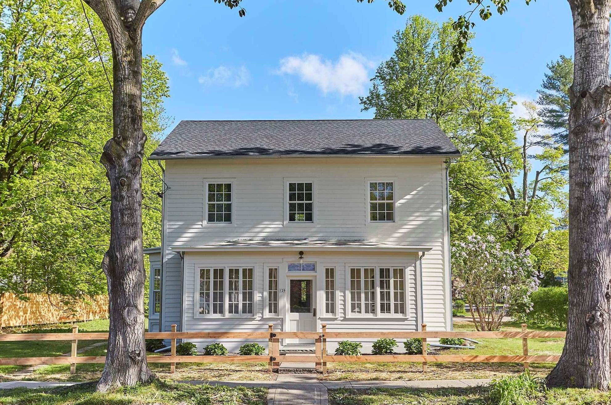 renovated rhinebeck farmhouse